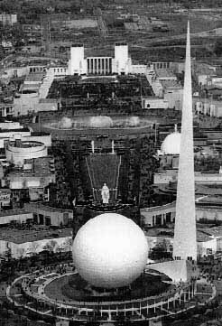 The World's Fair was held in New York starting in the summer of 1939.
